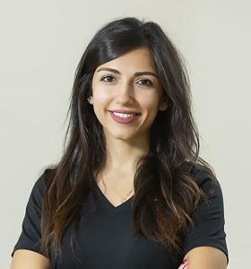 Fizyoterapist Ayla Sina